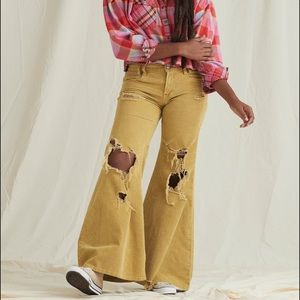 WE THE FREE NIGHT FEVER FLARE CORD JEANS YELLOW